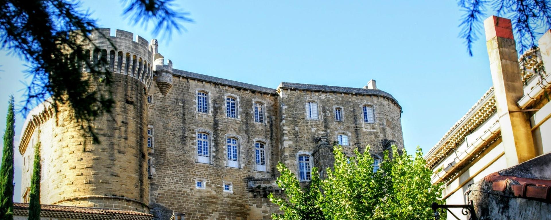 château de suze la rousse université du vin
